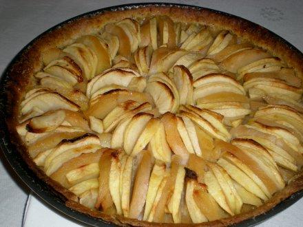 Tarte pommes coings noisettes