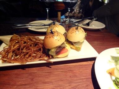 burger de bison pommes allumette
