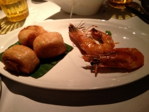crevettes épicées pains frits