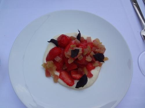 Fraises et rhubarbe